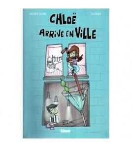 Chloe arrive en ville -...